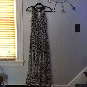 Socialite black/white geometric maxi dress S